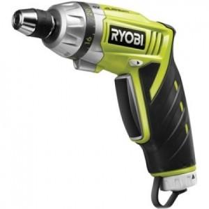 Аккумуляторная отвертка Ryobi CSD42Li + светодиоидный фонарь RP4400